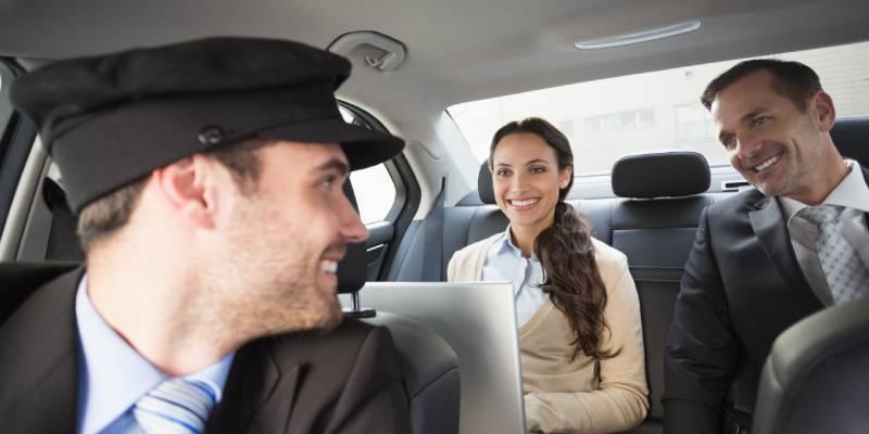 servizio-noleggio-conducente-cagliari-transfer-costa-rei